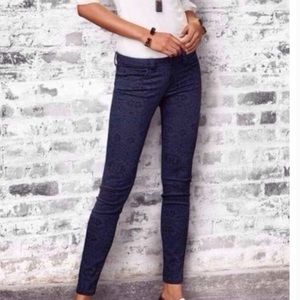 Cabi Style 3195 Blue Floral Lace Skinny Jeans